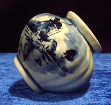 kleine delfter keramik vase original d p delft holland mit stempel delfter porzellan. Black Bedroom Furniture Sets. Home Design Ideas