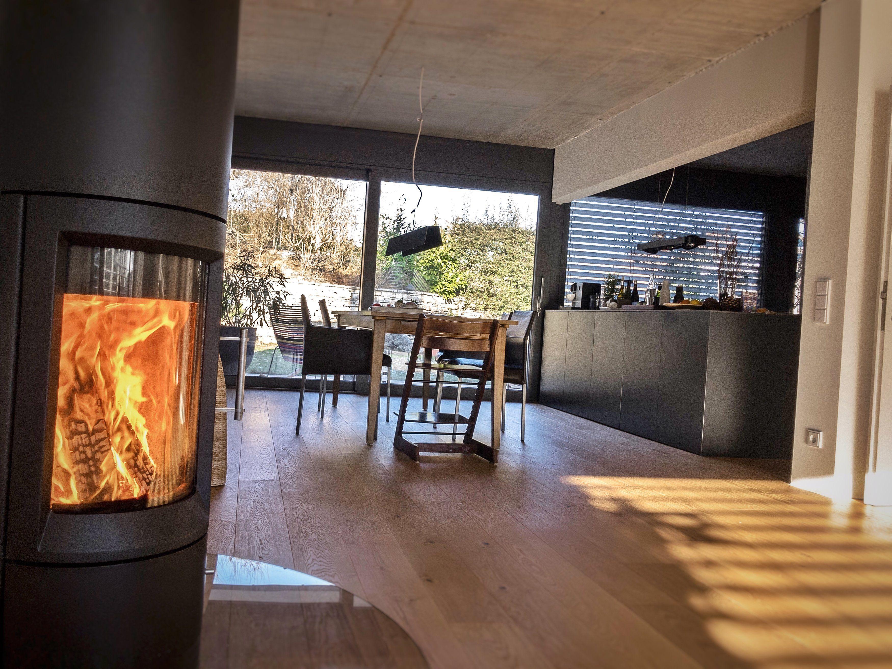 Esszimmer mit gebastelter Pendelleuchte :bulb:   Interiors, Concrete ...