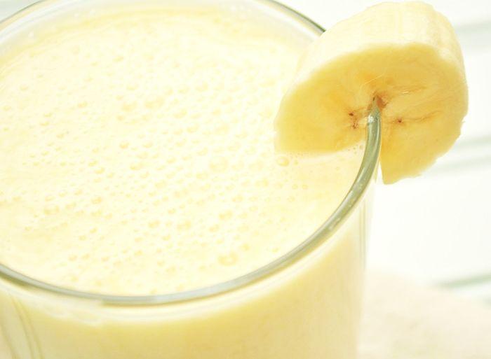 Banana Ginger Smoothie: 3 med bananas, 1 1/2 c 2% milk, 1 1/2 c cubes, 2 1/2 T chopped ginger - 128 cal - 4 serv