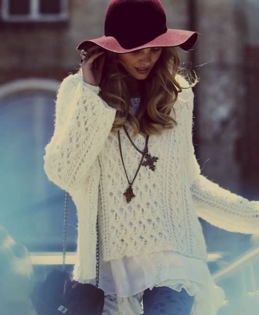 flopy hat and chunky sweater