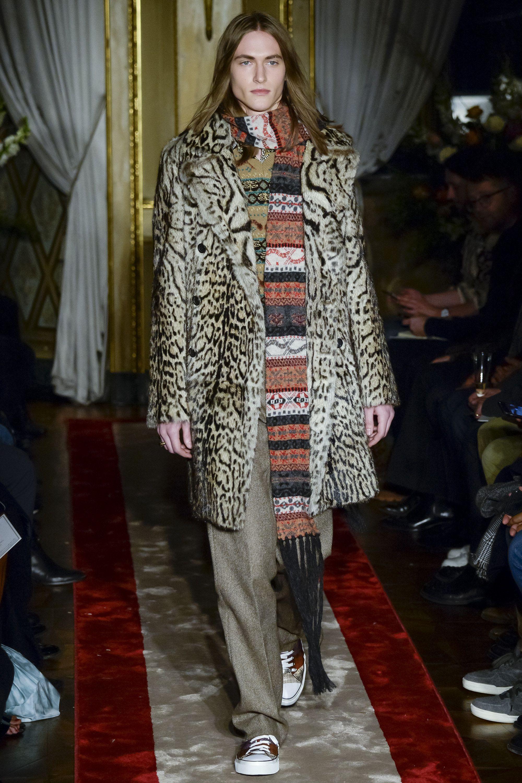 Roberto Cavalli Fall 2016 Menswear Fashion Show