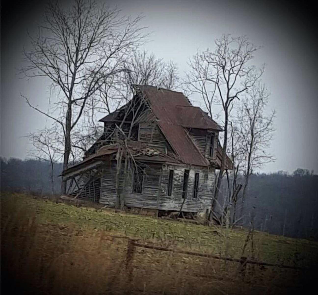Old Farm House Near The Gasconade River In Mid-Missouri