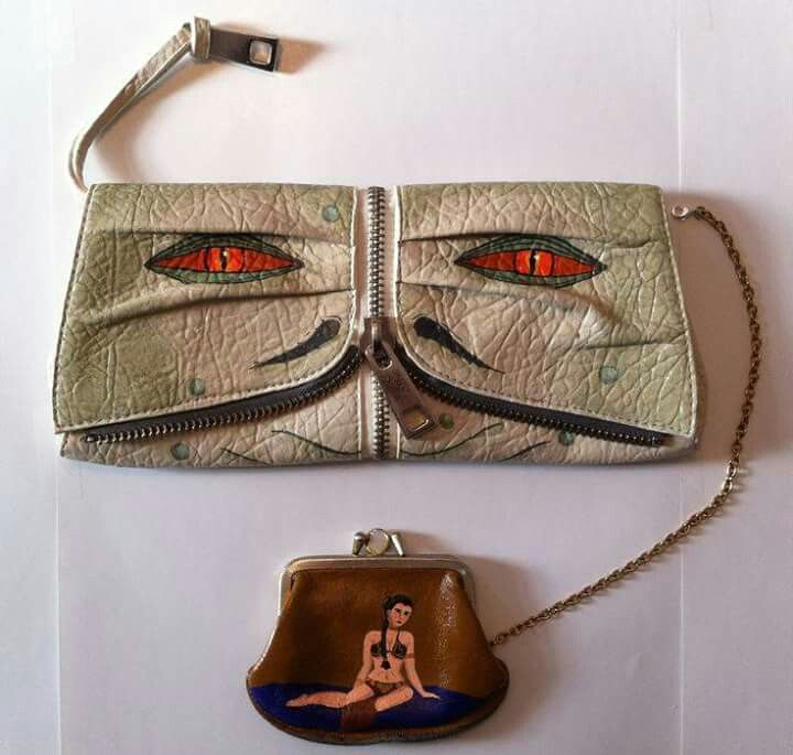 abf6e1606 Jabba and the Slave Leia. | We are trendy | Que es friki, Carteras y ...