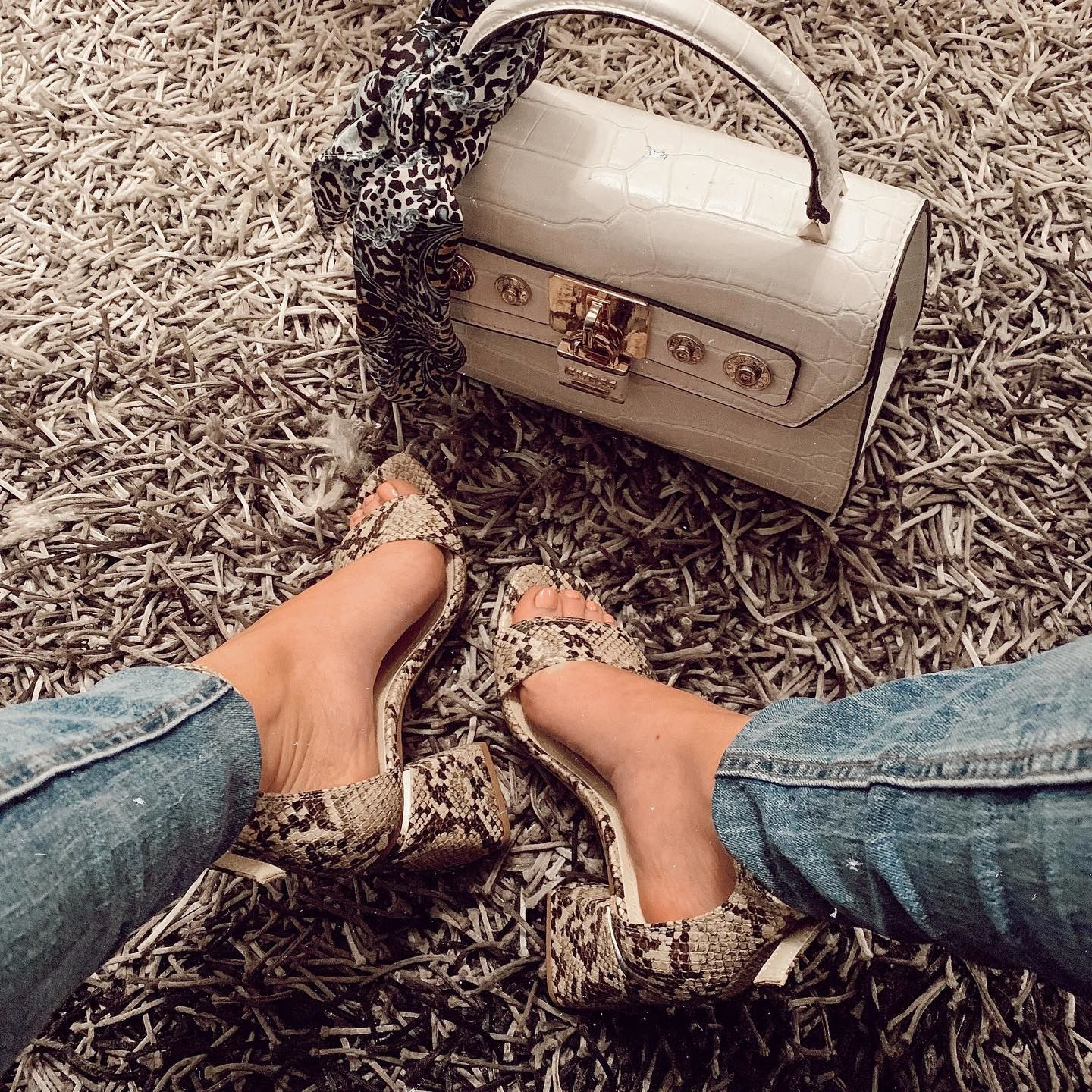 GUESS Anne Marie Dome Satchel     Guess bags