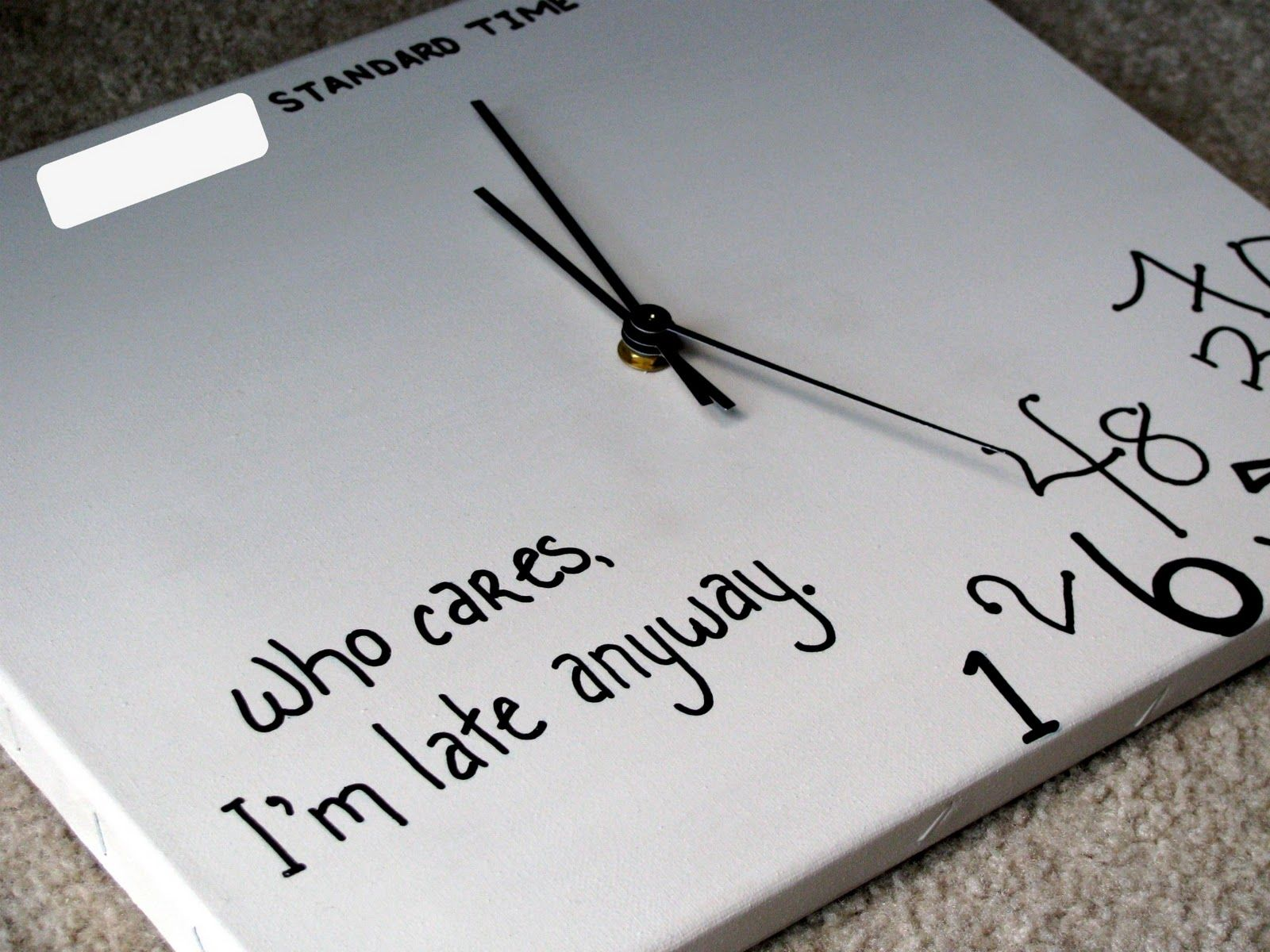 This Is So Me Though I Need This Broken Clock Diy Canvas For My