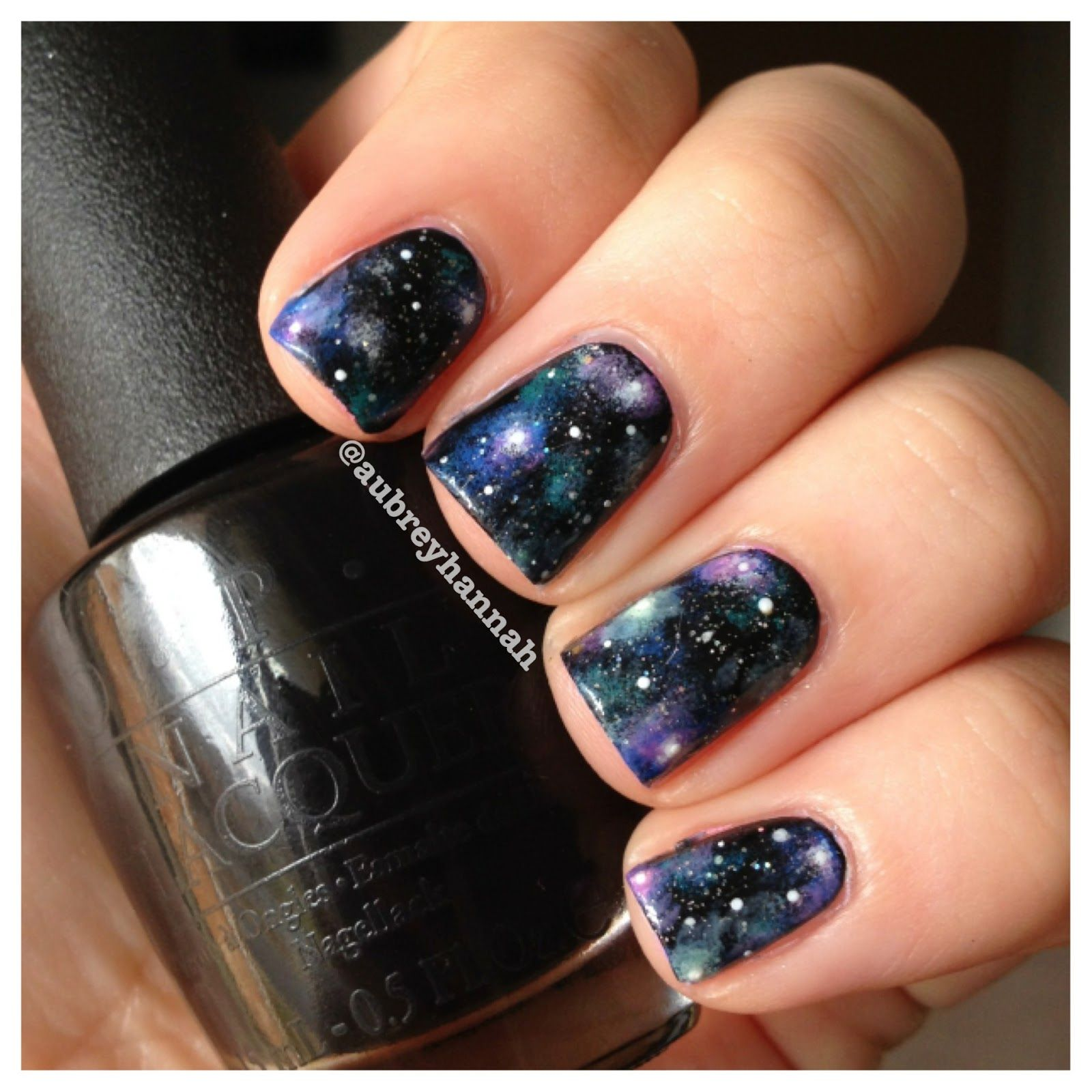 Aubrey Hannah: Galaxy Nails (Tutorial) --//-- I like her idea of ...
