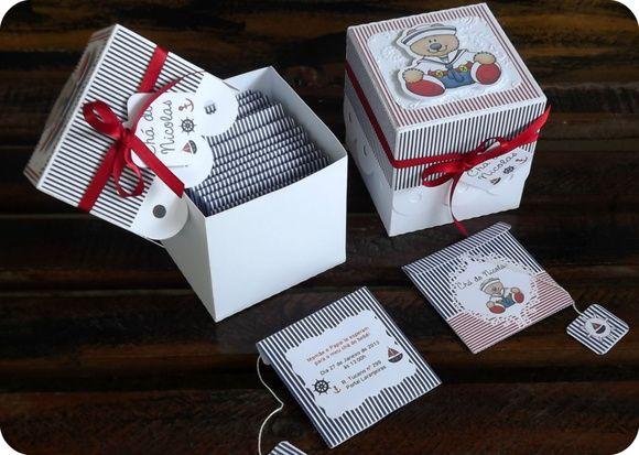 Kit com 30 convites em formato de sachê de chá para chá de bebê.    - Impresso em papel color plus 180g  - Acompanha sachê de chá de camomila    **Caixinha não inclusa no kit, cada caixinha tem o valor de R$ 5,00    * Pode ser feito em papel fotográfico com o acréscimo de R$ 6,00 (kit com 30 unidades)    * Pode ser feito em outras cores e temas    *****Consulte o prazo de produção! R$ 90,00