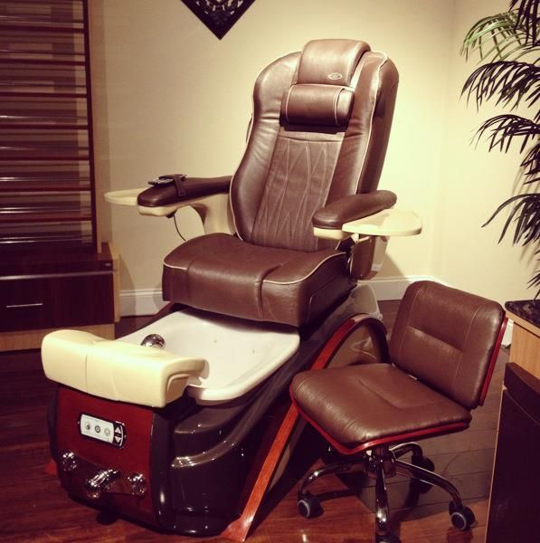 2013 New Pedicure Chair. Elite is part of the Prive Collection. The new collection from Lexor, Inc. Check out the new leather and stitch pattern. www.Lexor.com/Prive