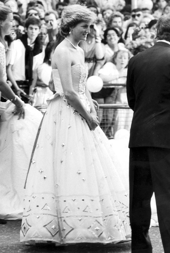 Princess Diana Wearing A David Emanuel Gown In 1987 Princess Diana Wedding Dress Princess Diana Wedding Diana Wedding Dress