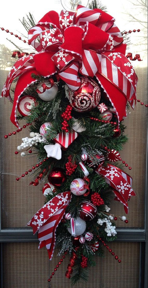PEPPERMINT HOLIDAY  33 Decorative Christmas by DecorClassicFlorals