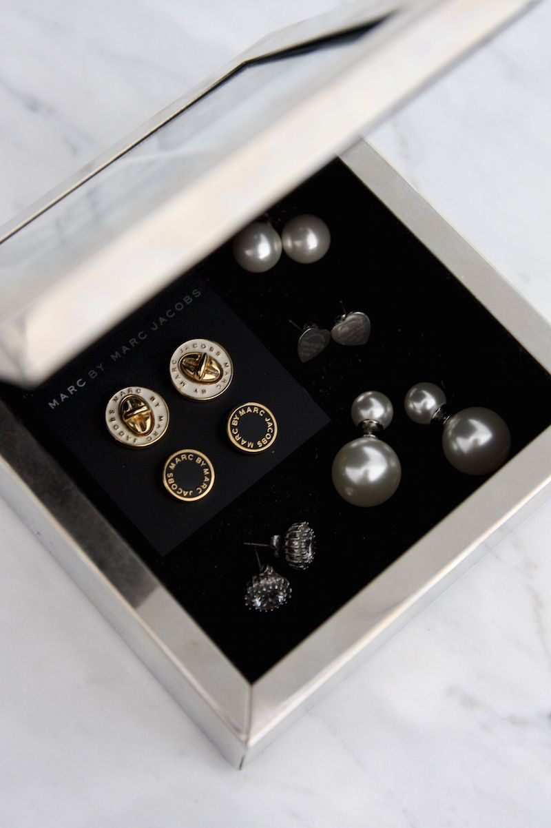 Homevialaura | How to store jewellery | Marc by Marc Jacobs | Tiffany & Co. | pearl earrings | Villa Stockmann box