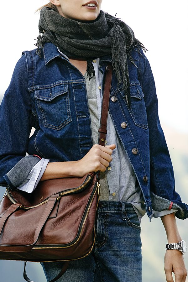 Get the Look: Casual layers topped with a crossbody. #Fossil Preston Shopper in espresso brown.