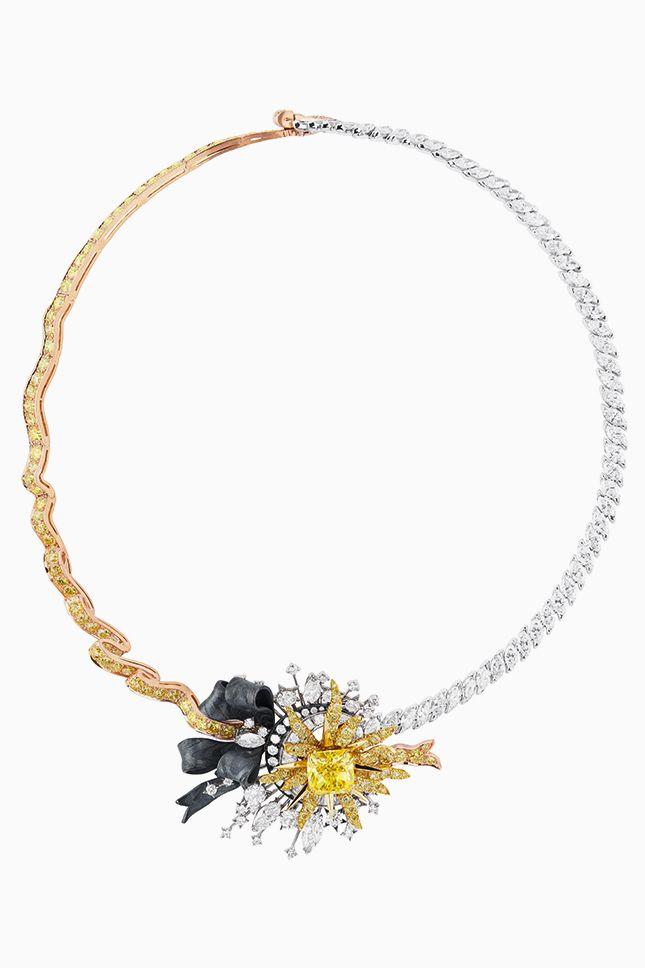Старинные и суперсовременные техники и мотивы в украшениях Dior à Versailles