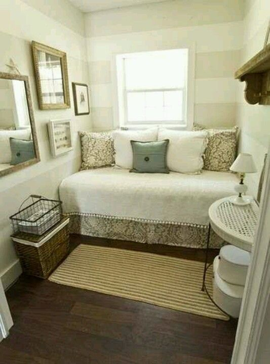 Cute for a small room HoMe Pinterest Small rooms, Room and
