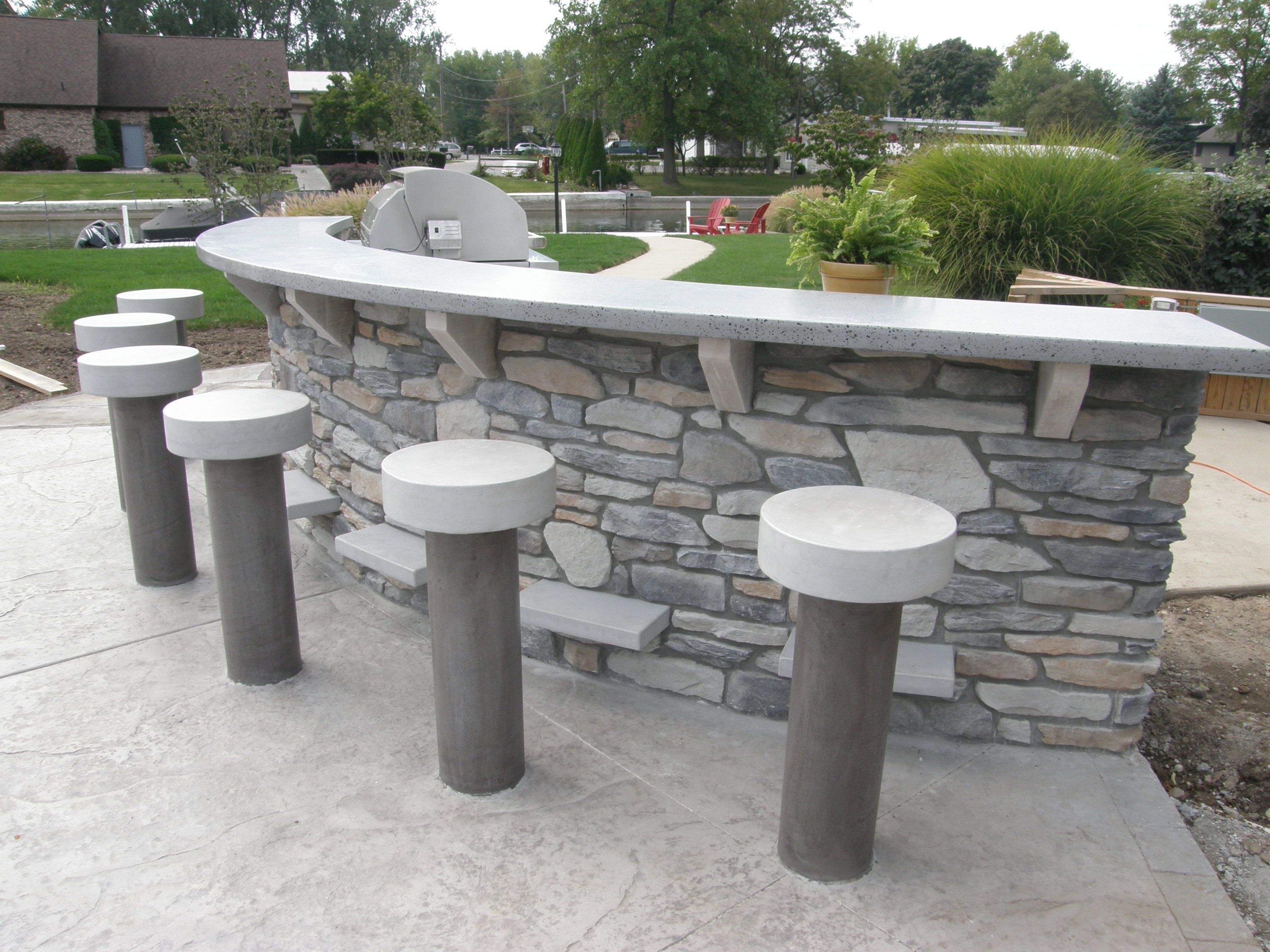 Charming A Custom Mold Was Made For This Outdoor Concrete Bar Top And Bar Stools  Were Poured In Place In Just One Pour Using SureCreteu0027s Xtreme Series  PreCast ...