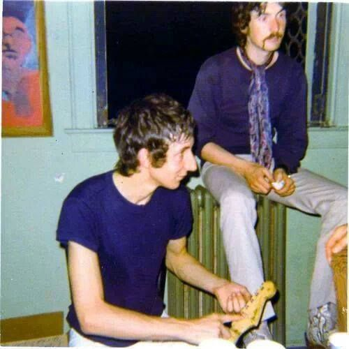 Pete Townshend of the Who and Nick Mason of Pink Floyd, 1969.