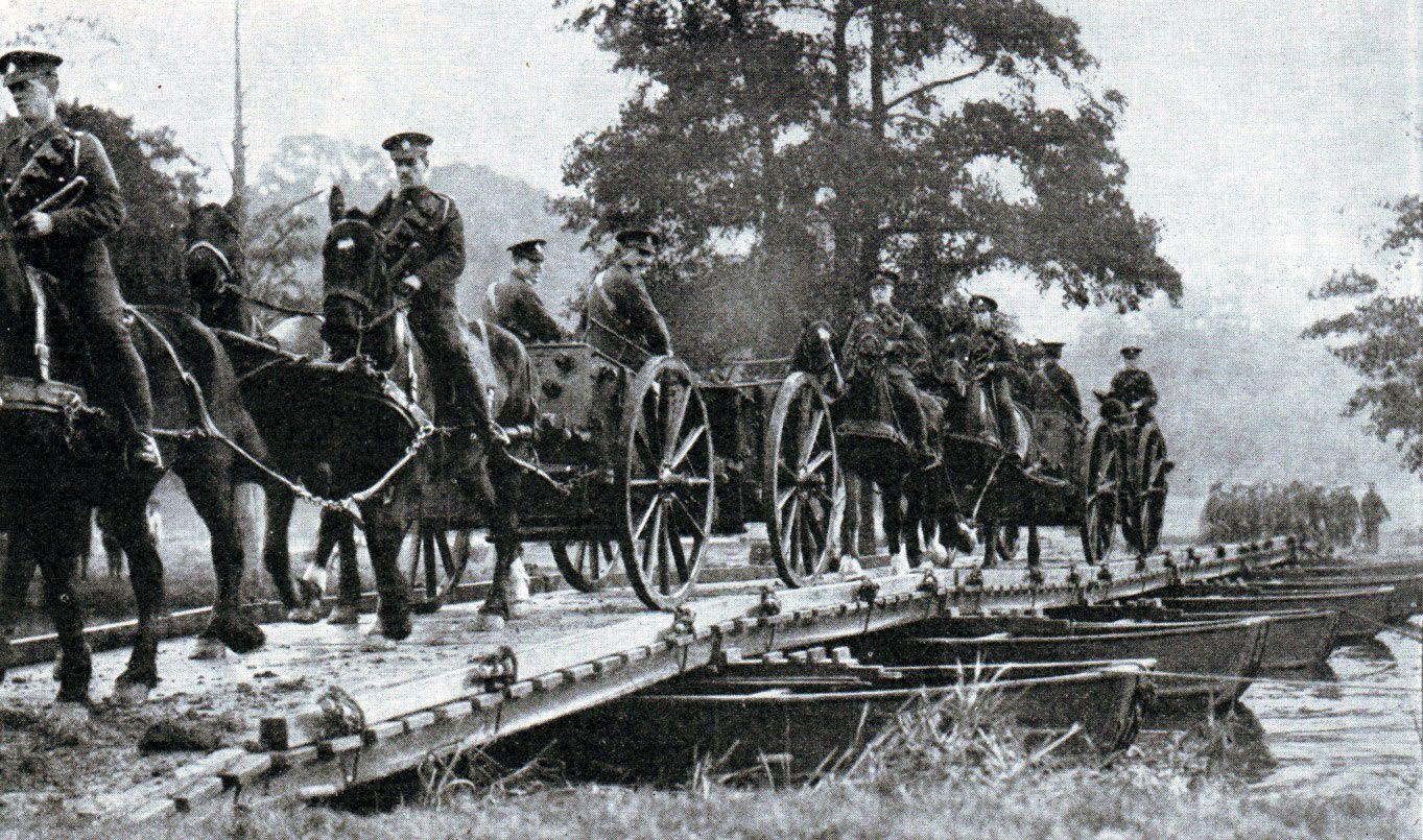 British Troops Crossing A Pontoon Bridge In 1914 Marne World War One World War