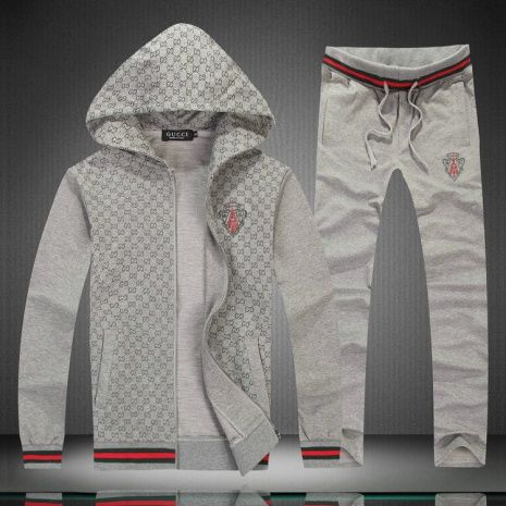 5bf7a905941 Fake Gucci Tracksuits for MEN  198086