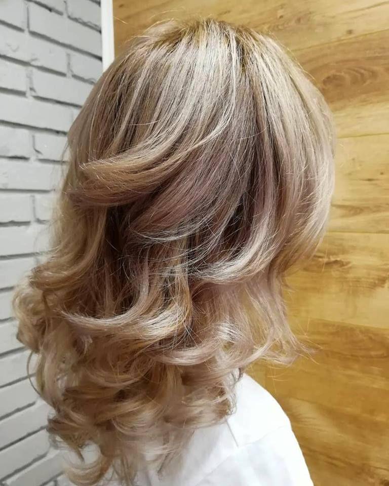 Frisuren 2021 Lange Haare 2021 Haar Styling Lange Lockige Haare Medium Haare