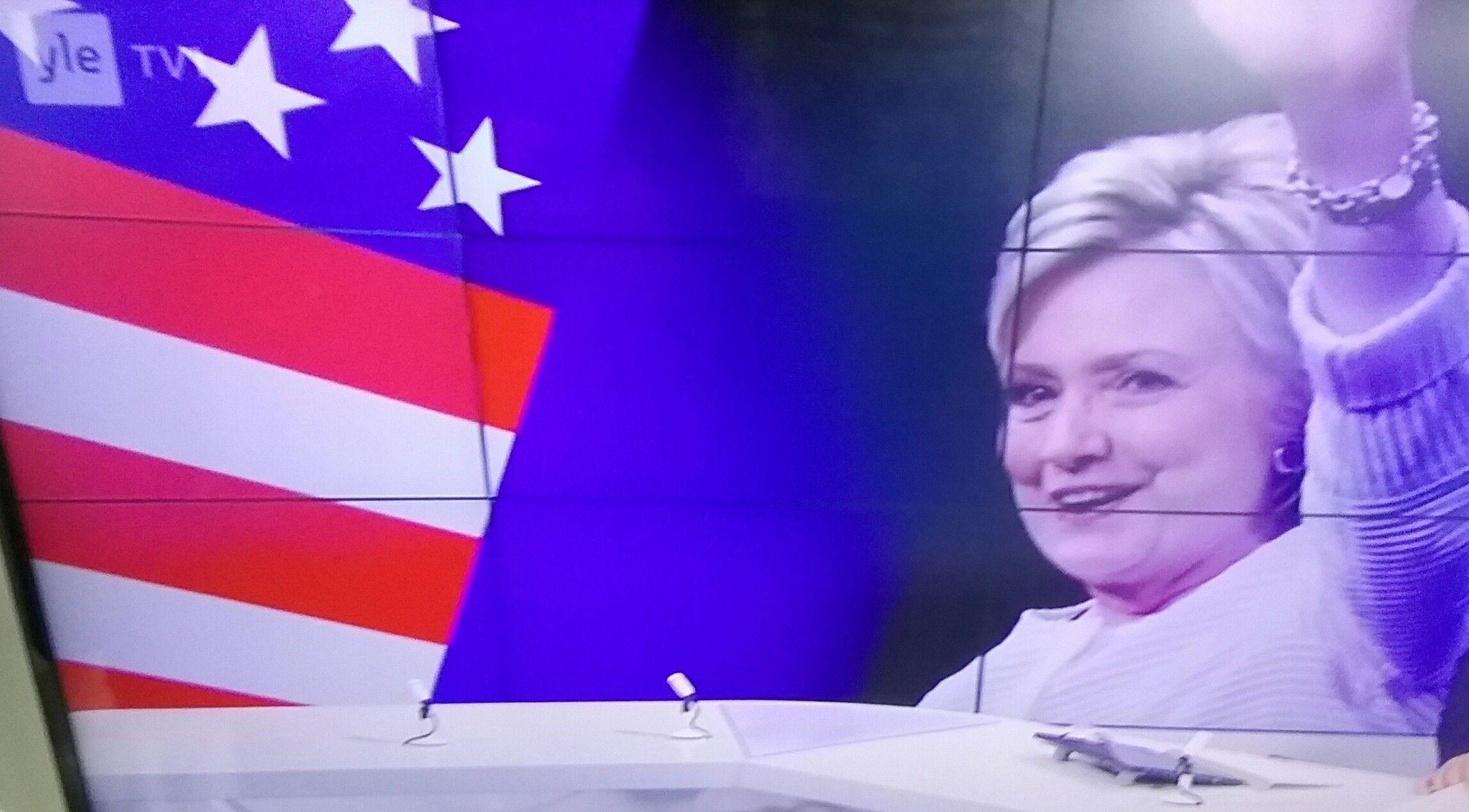 TV1 UUTISET. MAAILMA POLITIIKKA. USA Hillary CLINTON  menestyy, PRESIDENTTI EHDOKAS Marraskuu 2016 VAALIT. YLE.fi