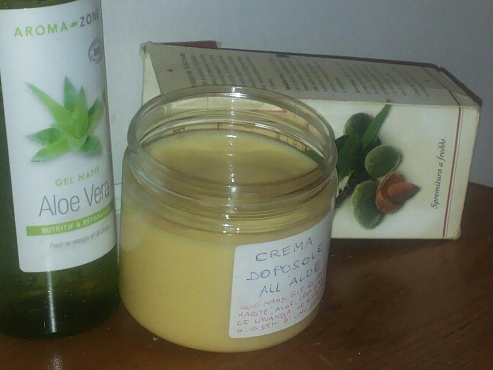 Autoproduzione naturale: crema doposole all'oleolito di lavanda, cera d'api, aloe, OE menta. Per ricetta:  vanessa_m74@yahoo.it