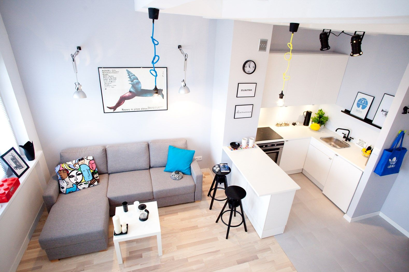 kawalerka tostoja salon styl nowoczesny kazaneckapl - Modernes Wohnzimmer Des Innenarchitekturlebensraums