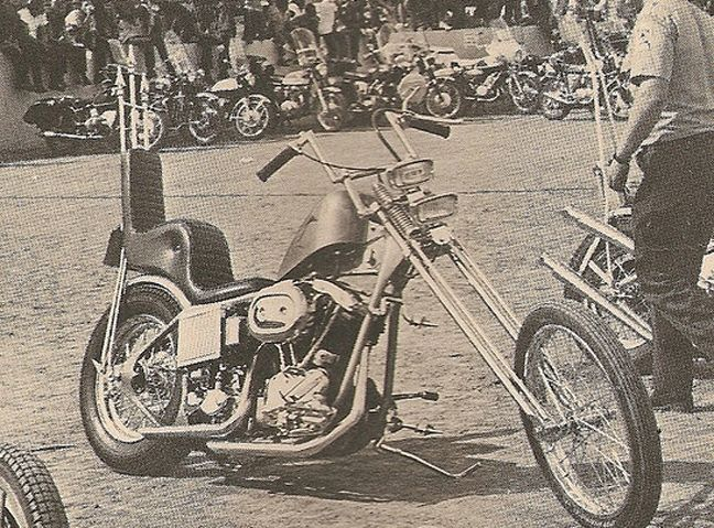 Old Harley Chopper with springer forks, king and queen seat, dual headlights...sweet!!!  **VIEW More Retro Motorcycle Pics at http://blog.lightningcustoms.com/60s-and-70s-motorcycle-pictures/