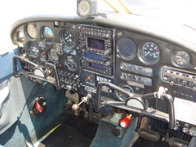 Older Piper 1967 Cherokee 140 Interior     I flew this