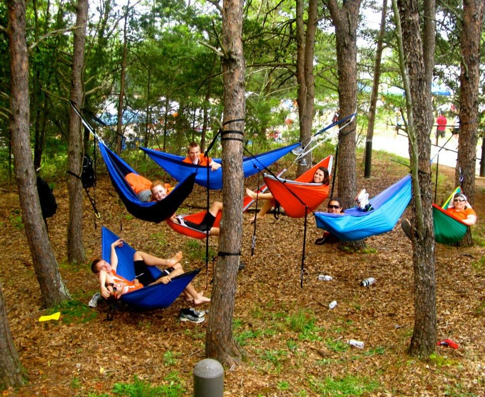 i saw the napping on campus link had to raise you one  we all hammock together like this almost daily  i saw the napping on campus link had to raise you one  we all      rh   pinterest