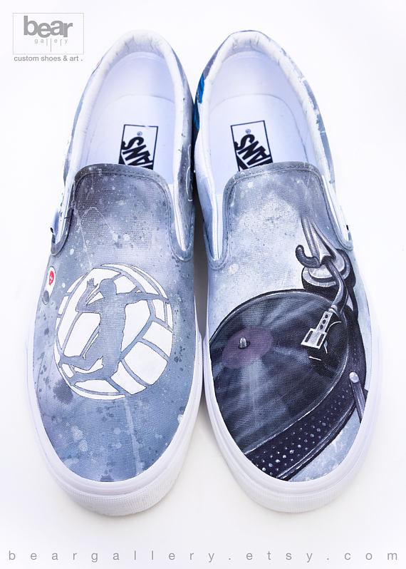 4643cbab521139 Custom Pink Floyd vans Ermahgerd My style and other stuff in