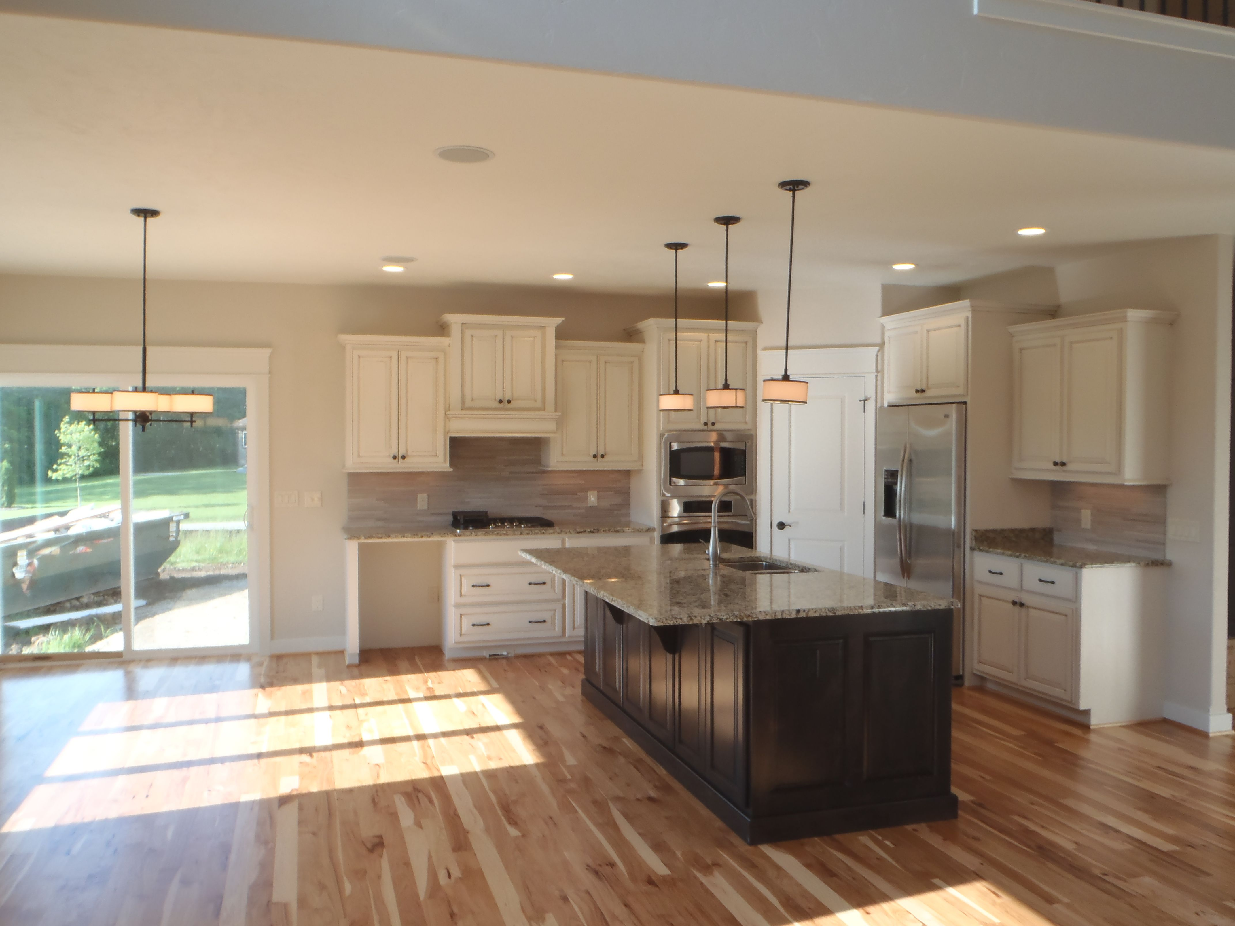 Pin By Carstensen Homes On Kitchens House Design Kitchen Lake House Kitchen Kitchen Floor Plans