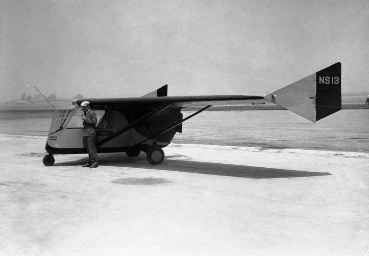 Waterman Arrowbile - 12 Flying Cars The 1937 Arrowbile was modified from the unsuccessful Arrowplane & Waterman Arrowbile - 12 Flying Cars: The 1937 Arrowbile was ... markmcfarlin.com