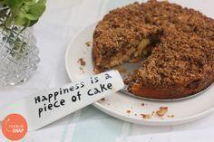 Een heerlijke appel crumble cake, lekker fris en luchtig! | Taste Our Joy!