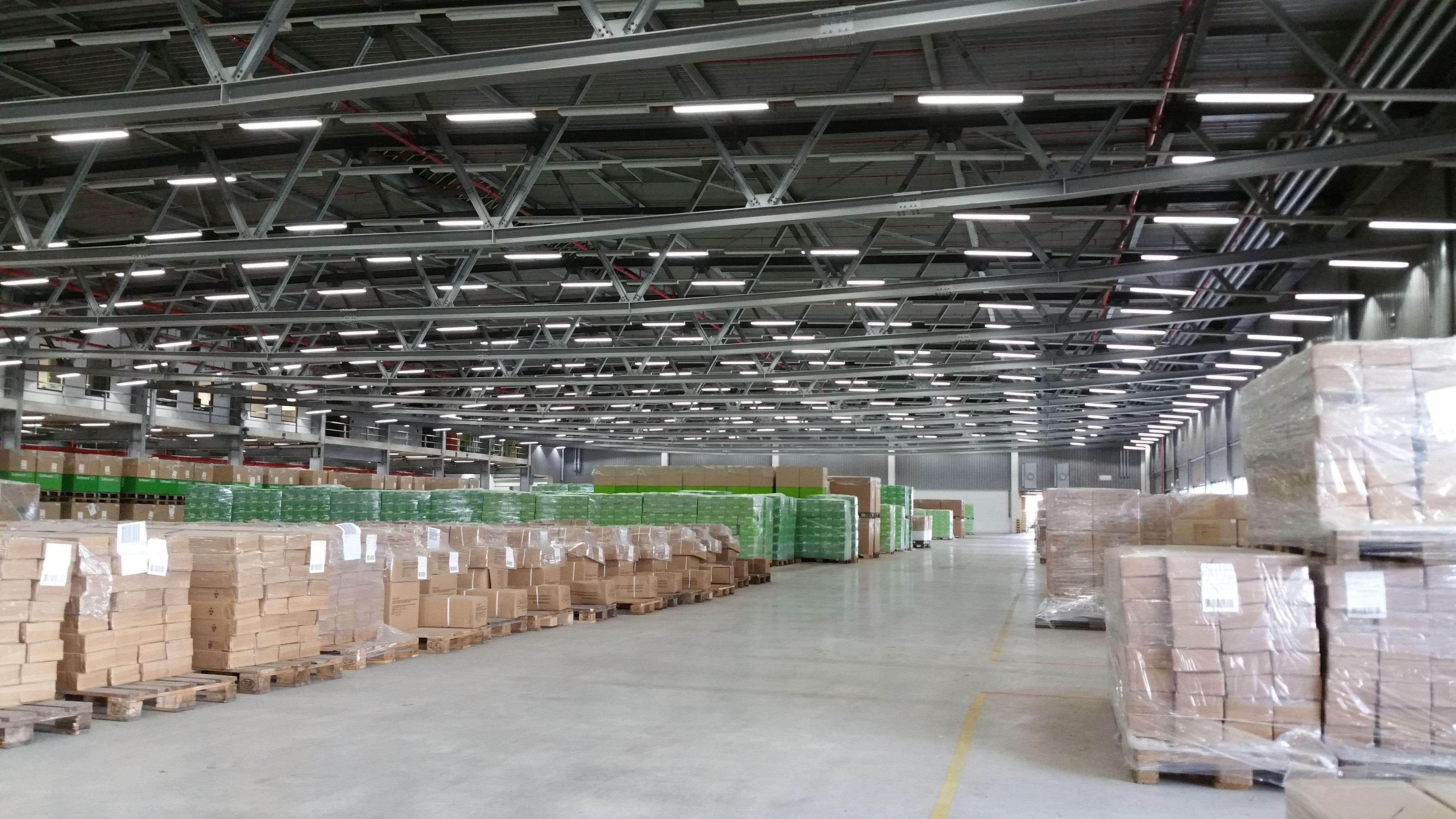 Clc China Logistic Center Neuplanung Und Umrustung Der Beleuchtung Fur Lager Und Hochregalnutzung Sowie Fur Kommission Led Rohren Aussenbeleuchtung Led Panel