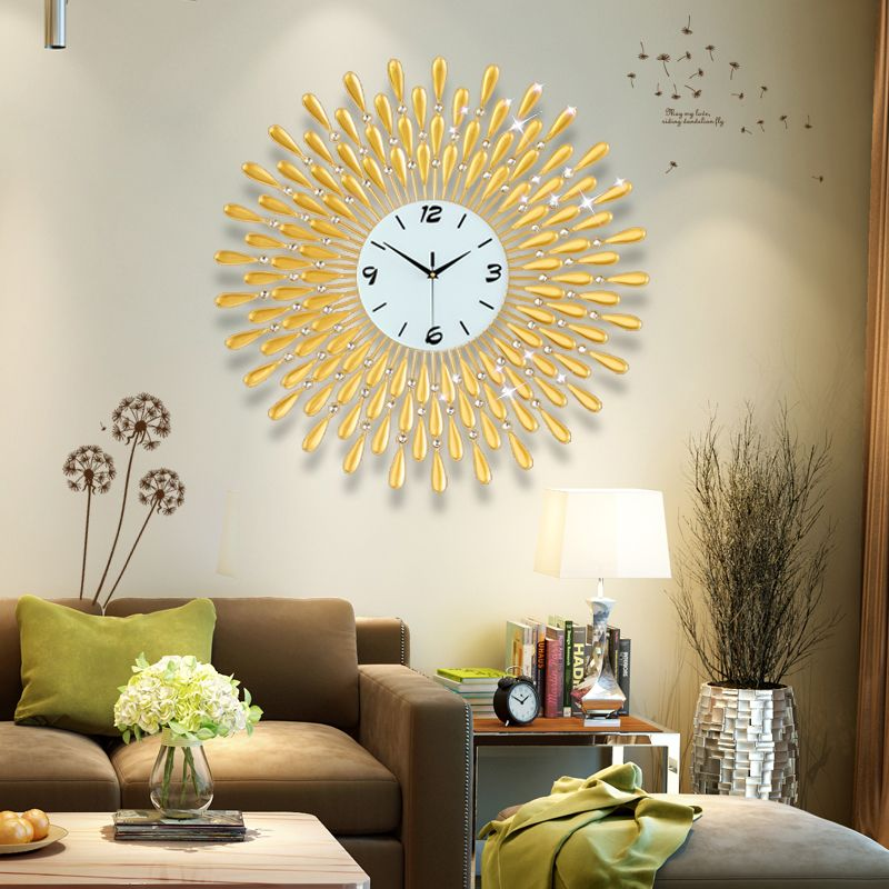 Fashion crystal metal large wall clock. A good choice for home ...
