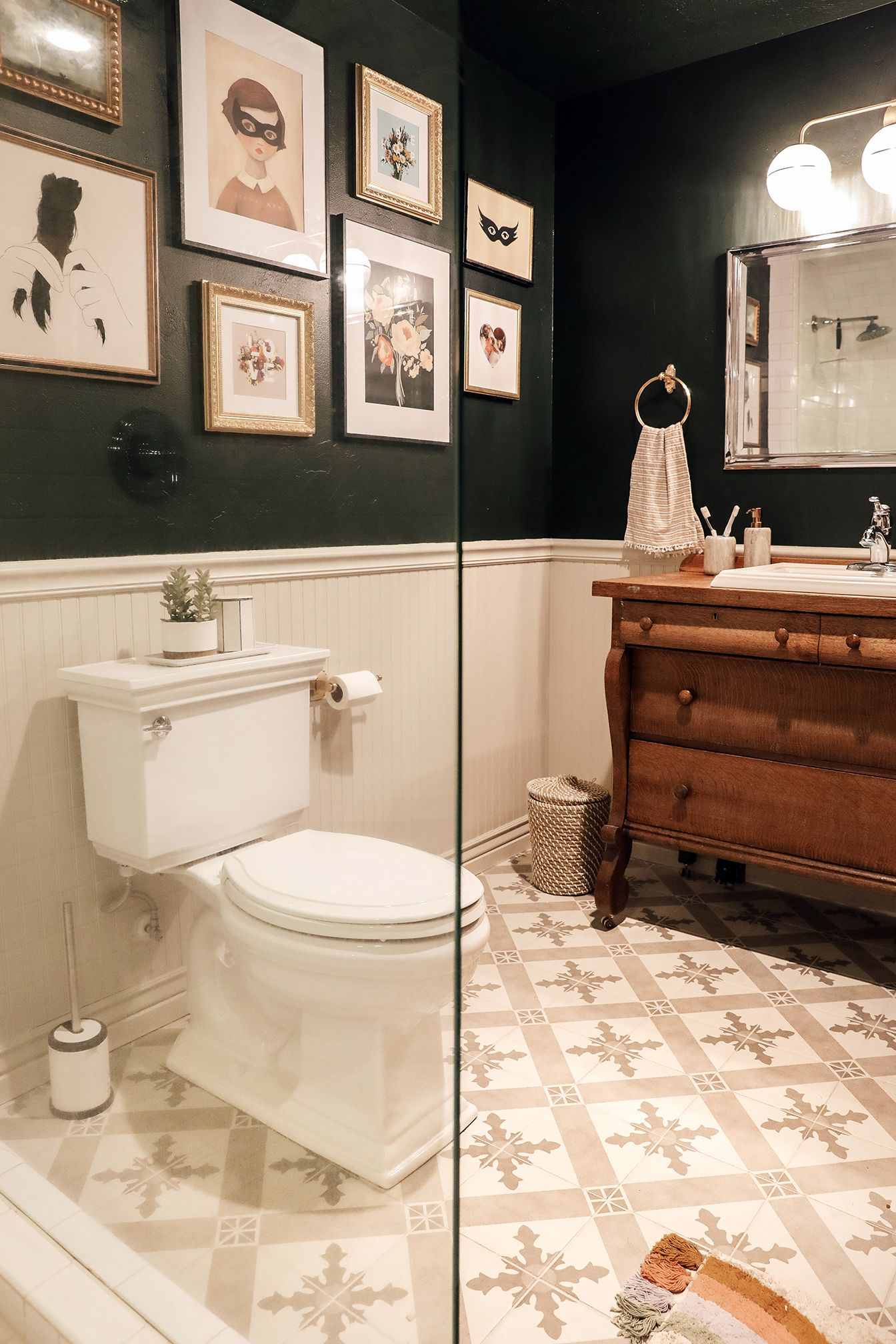 Best Paint Colors For Windowless Bathroom