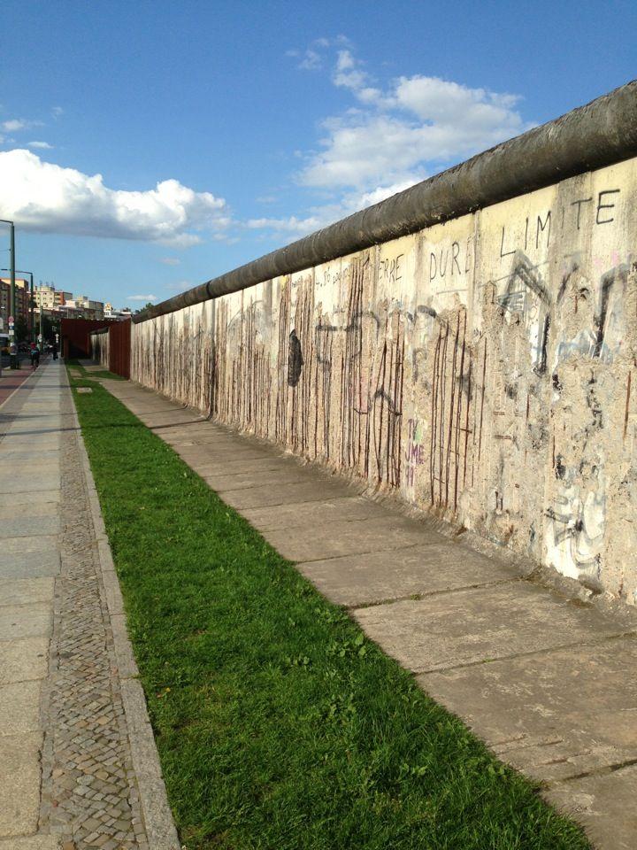 Gedenkstatte Berliner Mauer Berlin Wall Memorial In Berlin Berlin Berlin Wall Berlin Travel