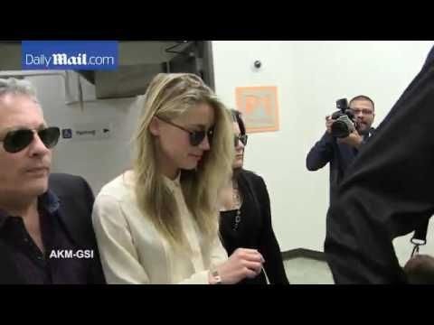 Amber Heard arrives an hour late to court for divorce to Depp   Daily Ma...