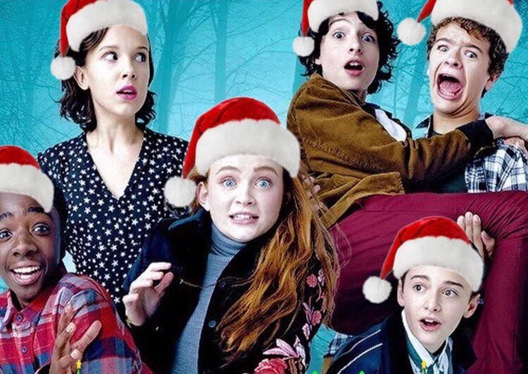 This Christmas Cast.Stranger Things Cast Christmas 2017 Stranger Things In