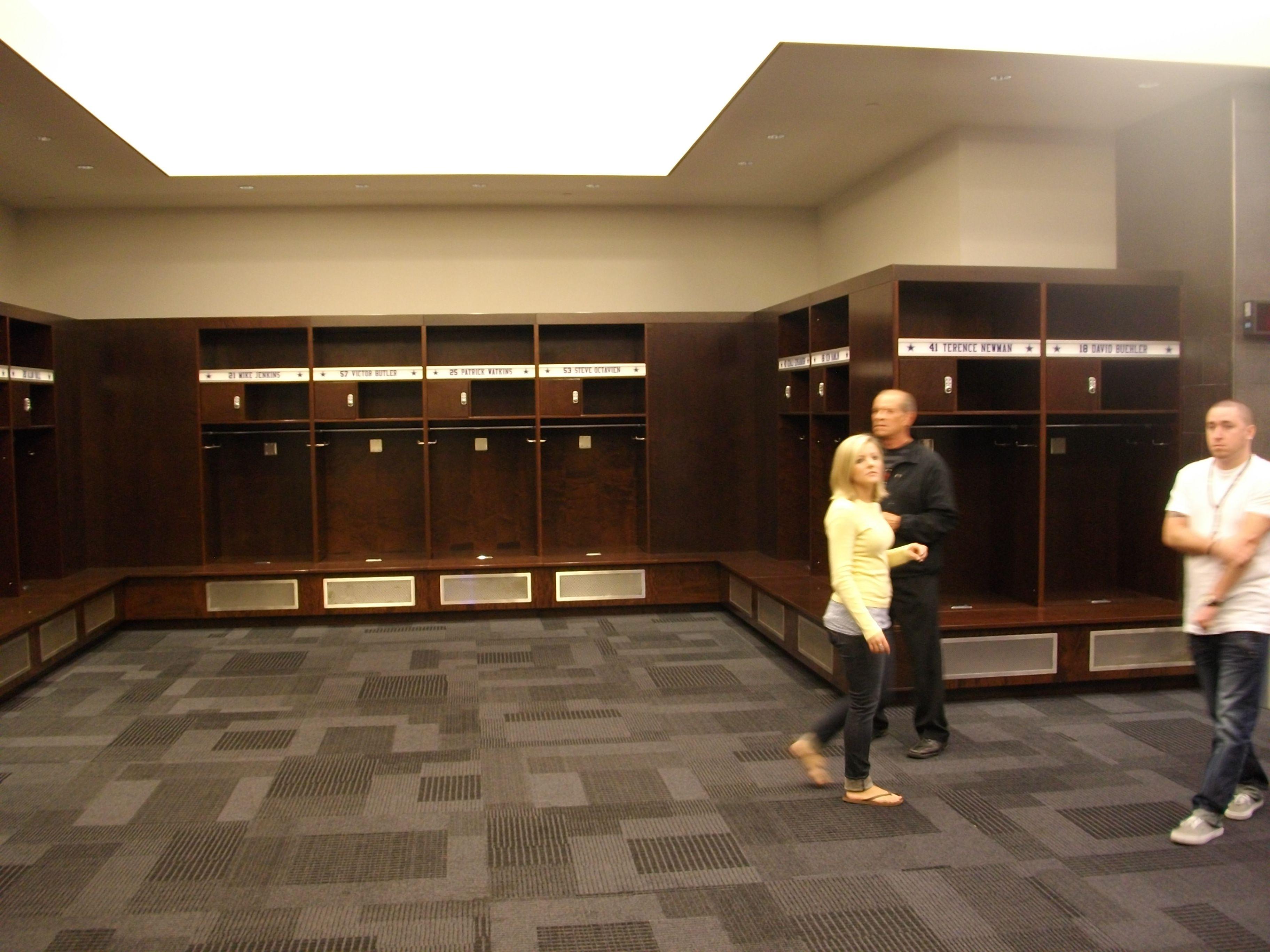 Dallas Cowboys Locker Room Cowboy Room Room Lockers