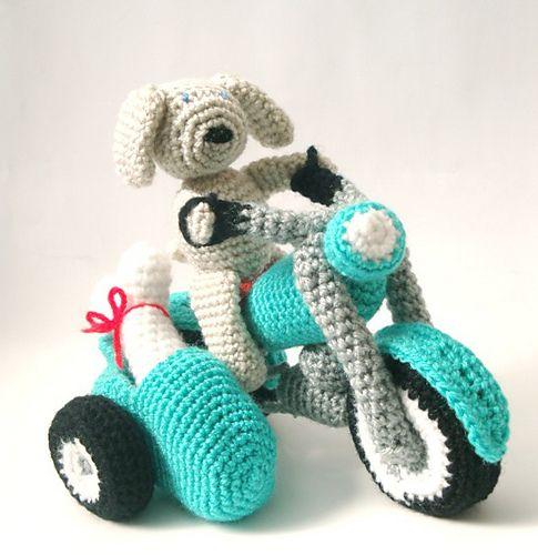 Ravelry: Amigurumi Pattern Motorcycle - Crochet PDF Pattern Sidecar Dog Amigurumi pattern by Ana Yogui
