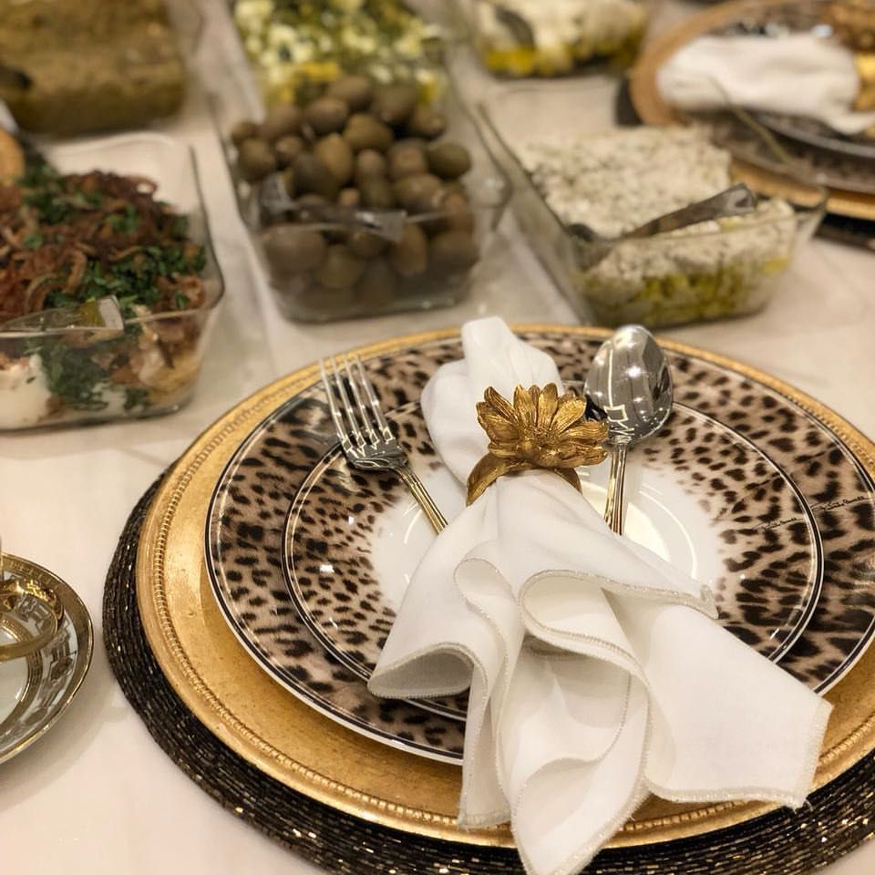 اللھ م الخيرة في أقدارك والر ضا ثم السعادة بك ل شيء مساء الخير Table Settings Tablescapes Table Decorations