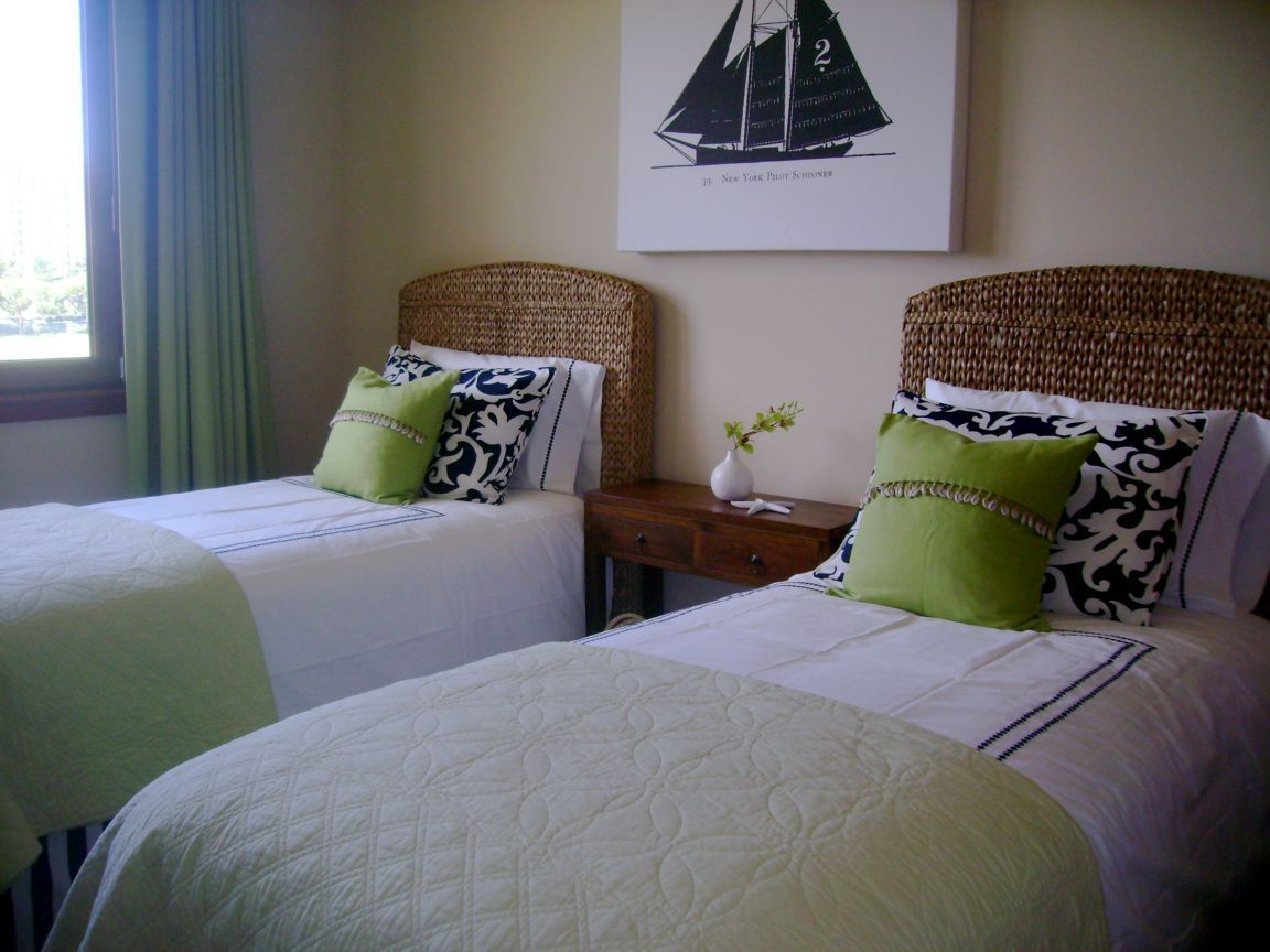 Guest Bedroom King or Two Twin Beds click to see