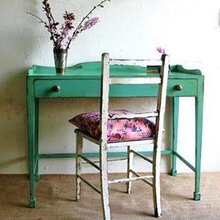 https://www.facebook.com/DecorandoConsejos ¿Pasarte días y semanas buscando el mueble del que te has enamorado y seguir sin encontrarlo? Mejor lo hacemos nosotros por encargo! www.anticandchic.es (Via Ruby Blooms)