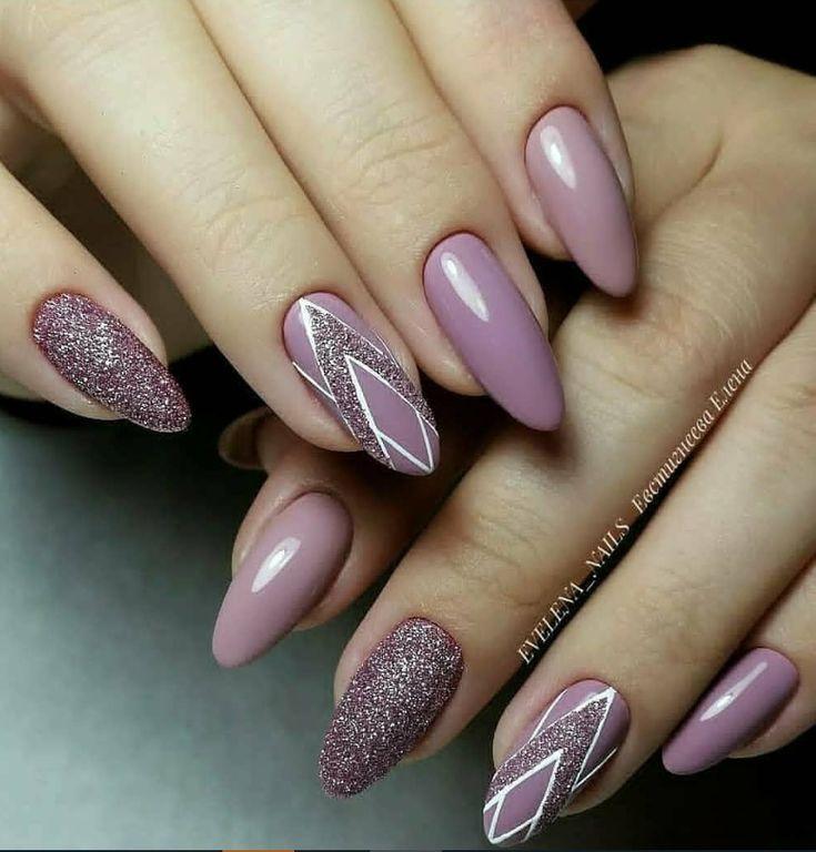 lila Glitzer Acryl kurze ovale Nägel Design für Sommernägel, süße natürliche ov … – #acryl … – loctok.cipher-toptrendpin.club