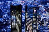 Deutsche Bank to Slash Its Investment Banks in Turnaround Bid Deutsche Bank to Slash Its Investment Banks in Turnaround Bid