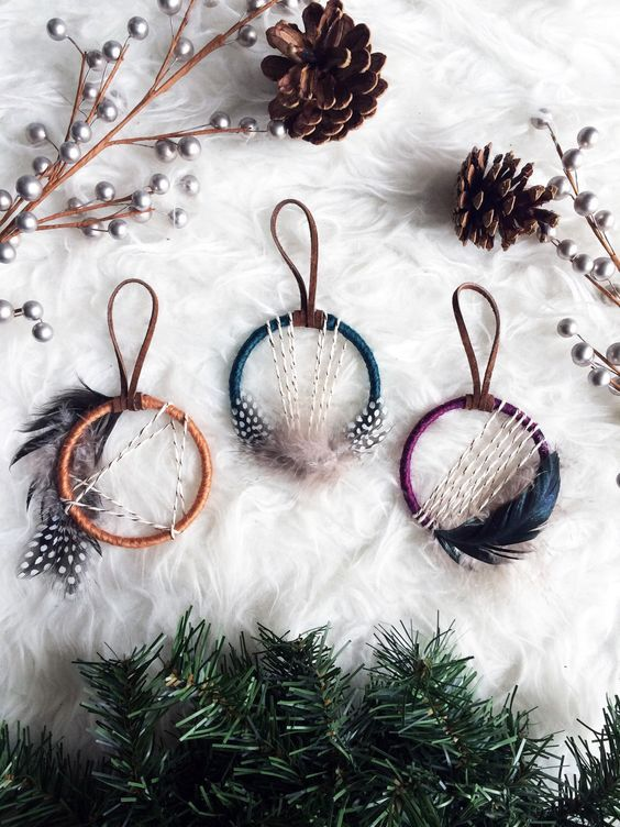 mini dream catcher ornaments with feathers CHRISTMAS DECOR - christmas decor pinterest