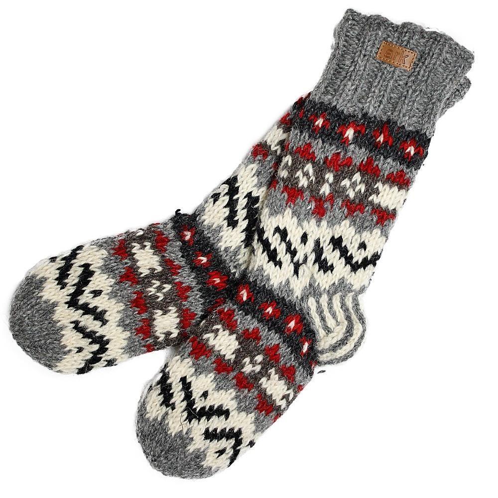 Grey nuevo cozy socks hilltribe ontario