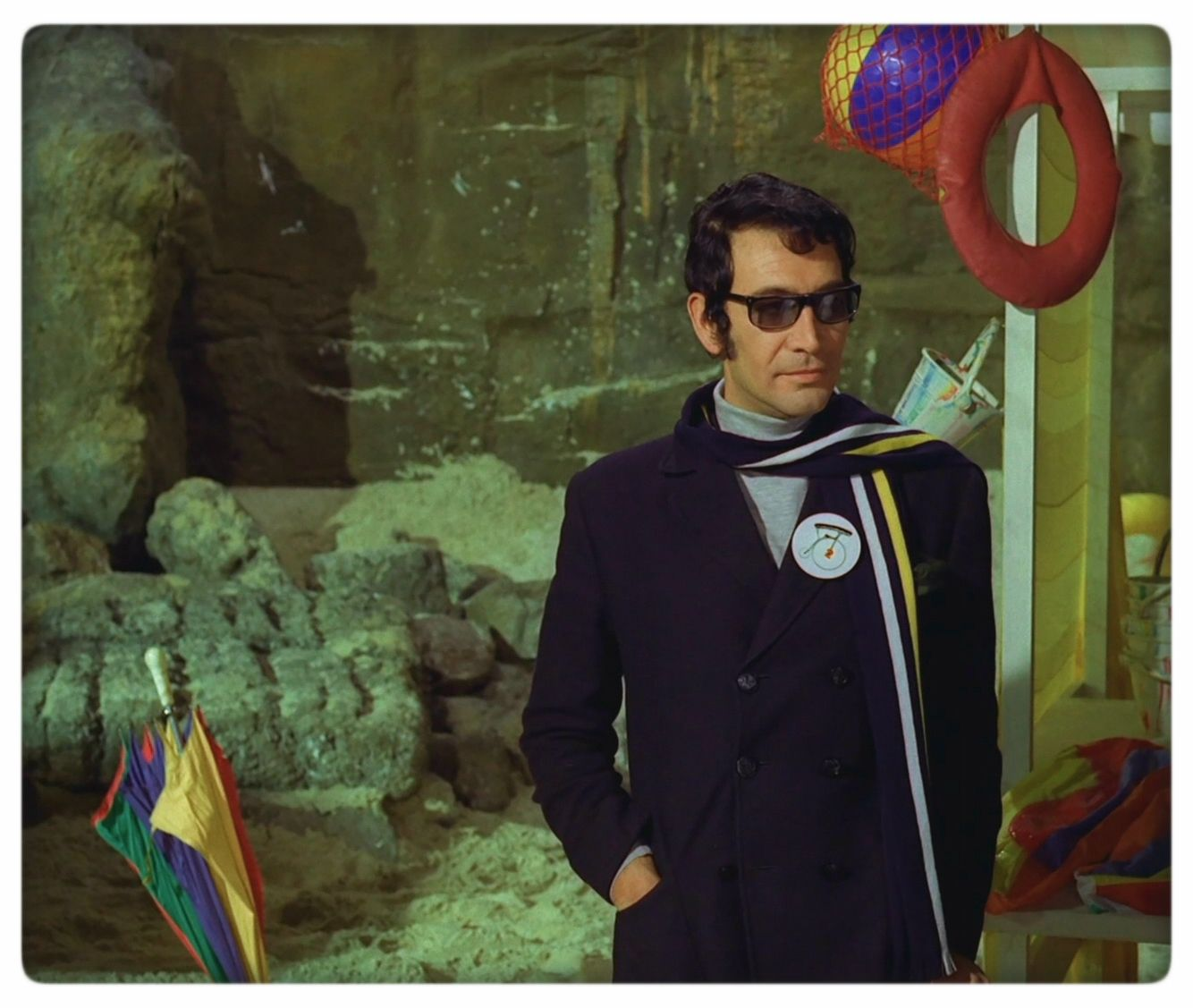 Peter Wyngarde as the new Number Two in 'Checkmate'.