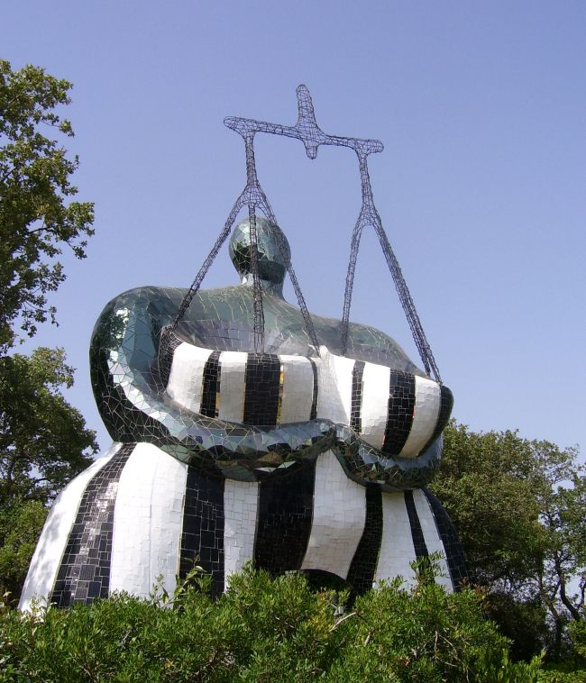 Giardino dei Tarocchi - Land8.com